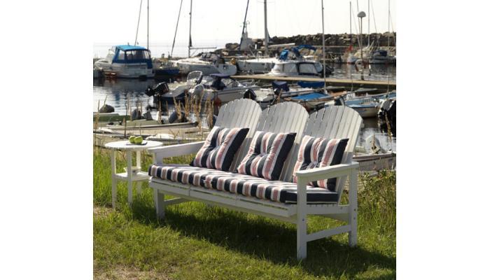 Скамейка садовая Sandhamn 169см (Белая)